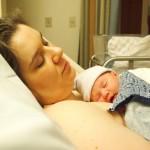 Mutter und Kind nach der Geburt